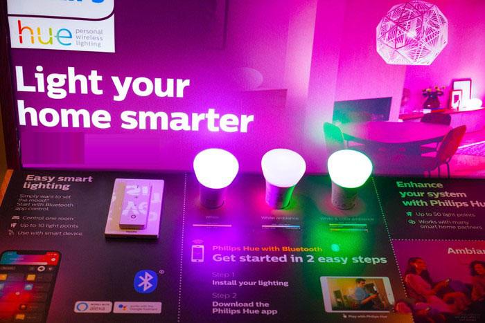 sử dụng đèn bulb tiết kiệm điện cho không gian