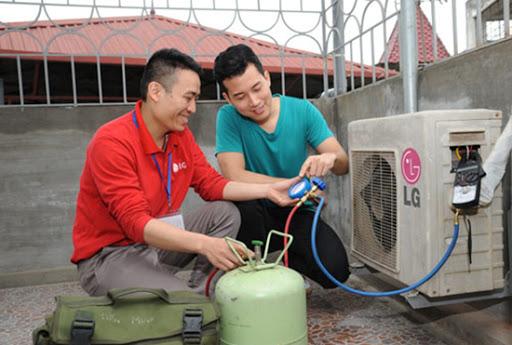 quy trình bơm gas của thợ sửa điều hòa